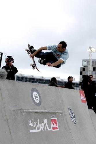Daniel Cardone Bowlriders 2006