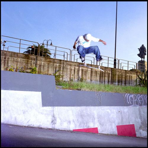 Lo Zingaro - Kickflip Gap