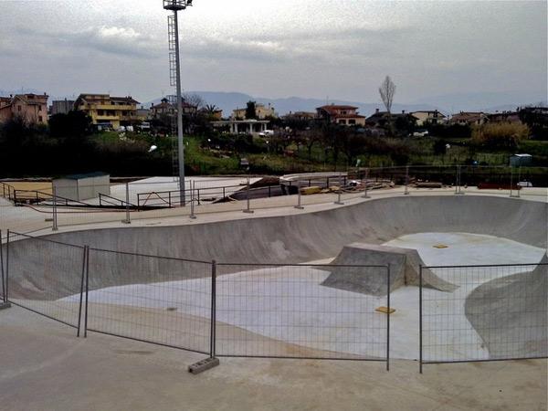 Concrete skatepark Guidonia